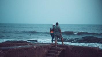 Lovers-on-the-beach-1