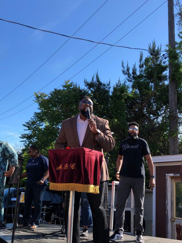 Pastor D M Simmons, Mt Pleasant Baptist Church