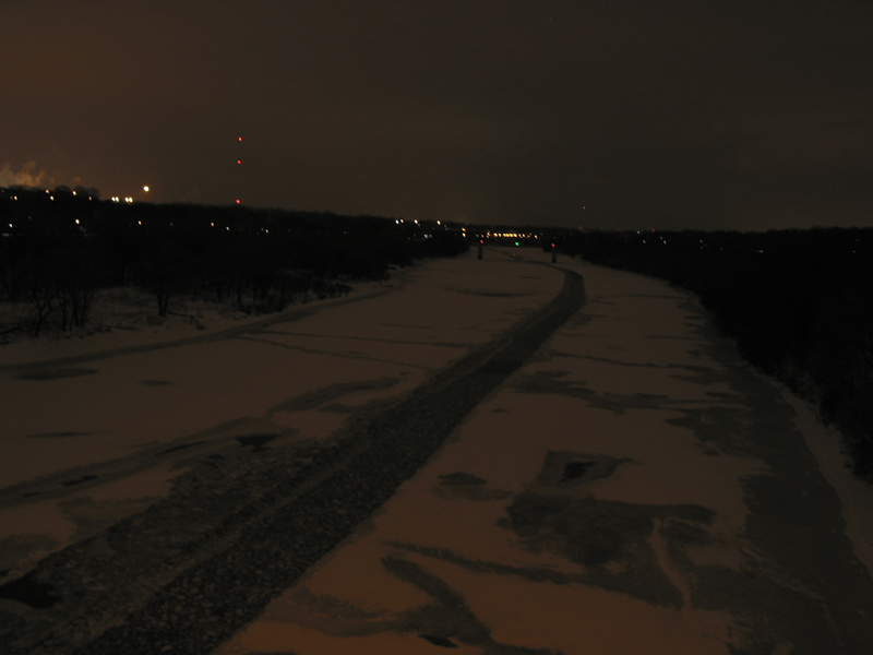 mississippi-river-from-franklin-avenue-mpls-dec-sm