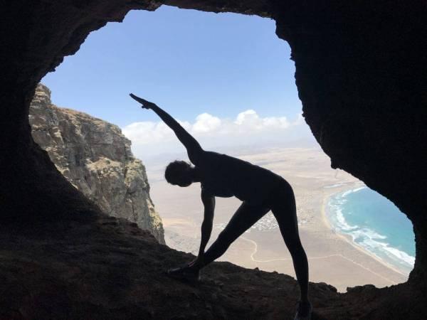 mtraining yoga famara