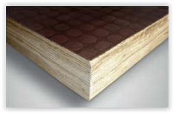 Plancher en bambou avec revêtement anti-dérapant
