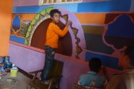 membuat karya seni kaligrafi dinding