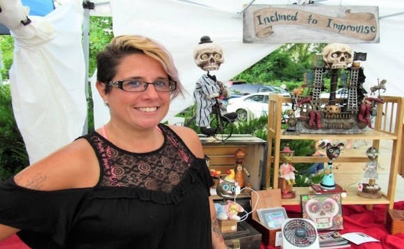 Michelle Sweatt of Inclined to Improvise sells sculptures at the Mayday Brewery Folk 'N Art Festival in Murfreesboro, Tenn. on July 15, 2017. (Steve Barnum / MTSU Sidelines)