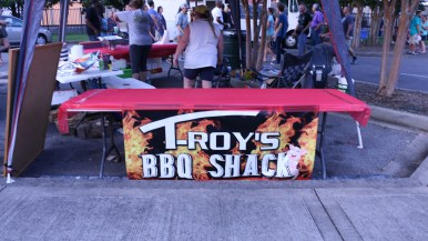 T-Roy's BBQ Shack's booth made an appearance at the festival. (Caleb Revill / MTSU Sidelines)