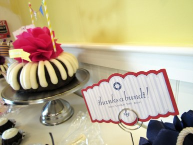 Nothing Bundt Cakes celebrates its soft opening in Murfreesboro, Tenn. on August 16, 2017. (Steve Barnum / MTSU Sidelines)