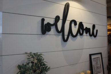 A trendy welcome sign invites guests inside the newly opened Homegrown Marketplace in Murfreesboro, Tenn. on Nov. 1, 2017. (Shade Narramore / MTSU Sidelines)