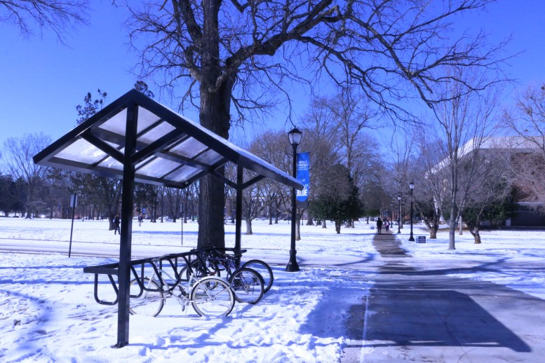 Snow covers a bicycle station on the MTSU campus on Jan. 18, 2018, in Murfreesboro, Tenn. (Andrew Wigdor / MTSU Sidelines)