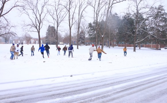 Some MTSU students decided to spend their extra off-day playing tackle football outside of Peck Hall in the snow on Jan. 16, 2018 (Devin P. Grimes / MTSU Sidelines).