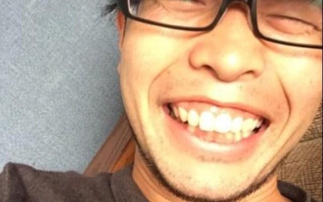 神田キャバクラ【ムーミン(mu-minn)】東京JK制服ラウンジ マキタス眼鏡・私服