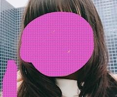 神田キャバクラ【ムーミン(mu-minn)】東京JK制服ラウンジ まほ 髪の毛巻いてみました