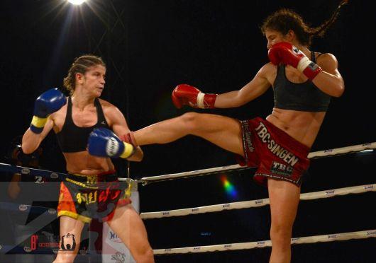 1. Z1 Female Champion Title Fight, 56 kg, Miriam Muay Farang vs Dilara Yildiz (1)