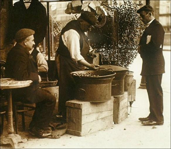 Marrons chauds à la ancienne, circa 1900; Louis Vert (Sociète Française de la photographie)