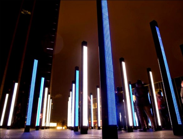 "United Visual Artists, ""Volume 2006"", Tour Montparnasse, pic © Sophie Robichon / Mairie de Paris"