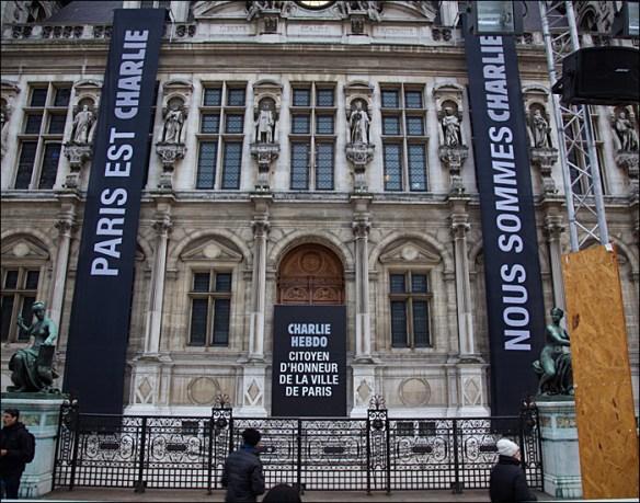 Paris town hall, Sat am; pic: Steve Sampson