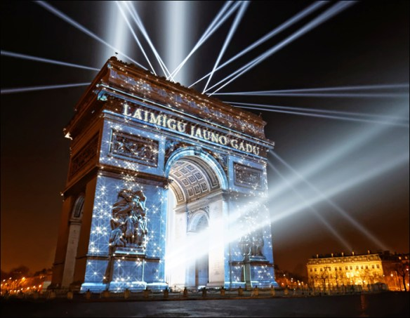 We got to read Happy New Year in numerous languages; pic: Henri Garat/Mairie de Paris