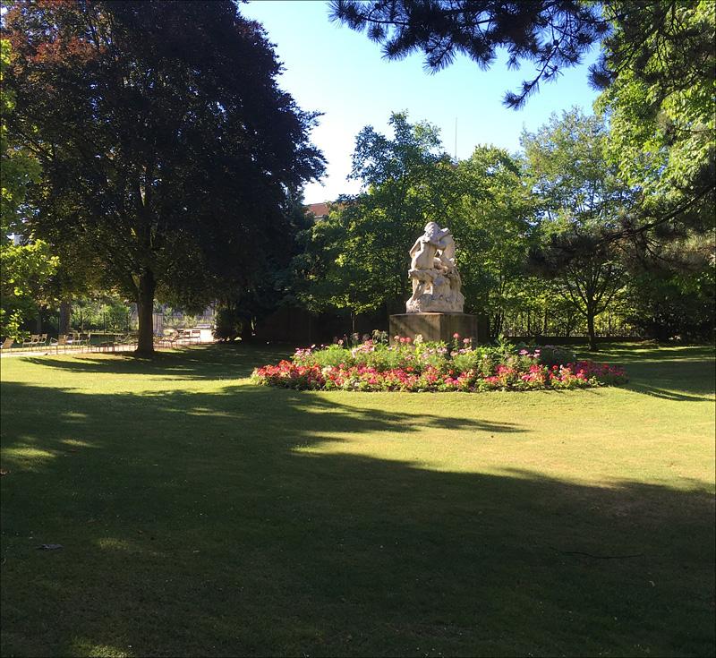 Mucha creative paris - Jardin du luxembourg hours ...