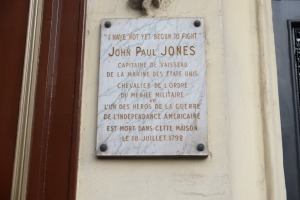 Placard on Jones former residence on Rue de Tournon, Paris.