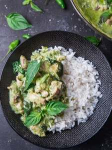 Chicken Green Curry ala Thailand is healthy and heart warming curry dish perfect served on warm rice. Try this recipe for your dinner!