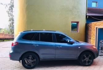 Car for Sale Model : Hyundai Santafe, Automatic, Year of fabrication : 2006 Best Price: 9,500,000Frw.