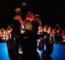 Akdeniz'de göçmen operasyonu: 450 kişi kurtarıldı