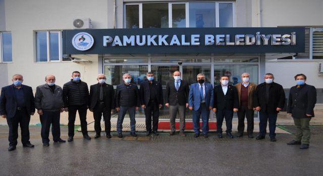 Denizli'de muhtarlardan Pamukkale Belediyesi'ne ziyaret