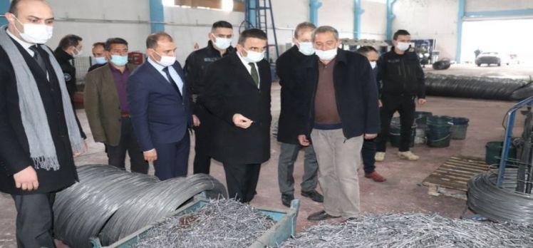 Siirt Valisi Hacıbektaşoğlu OSB'de incelemelerde bulundu