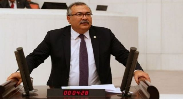 CHP'den Aydın'daki gazetecilere geçmiş olsun mesajı