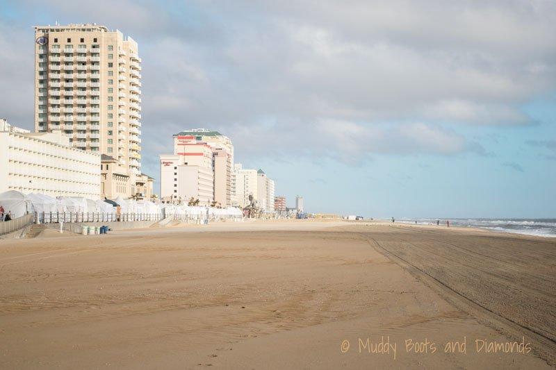 Virginia Beach Boardwalk | A Birthday Trip to Virginia Beach via muddybootsandiamonds.com