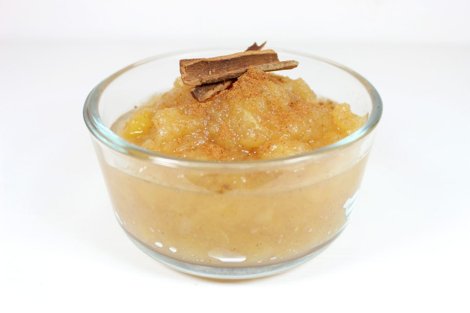 Awesome Paleo Applesauce | MudHollow.com