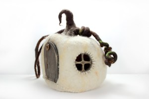 My Little Felt World - White Pumpkin House | MudHollow.com|