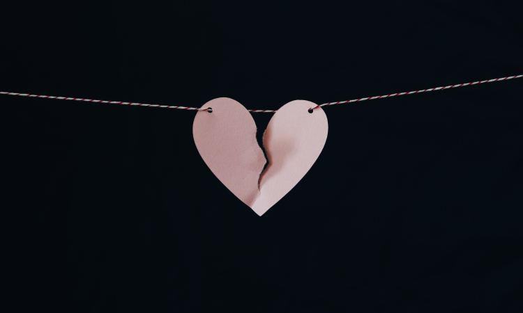 broken heart on a wire