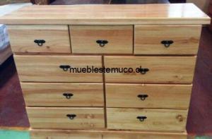 cómoda de madera nativa