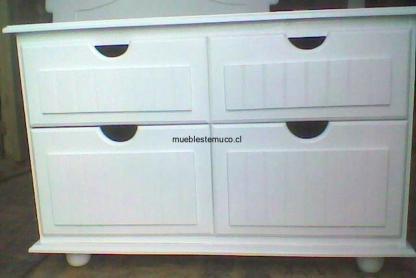 comoda de madera blanca