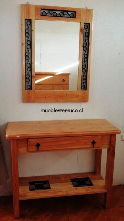 Mueble de arrimo y espejo
