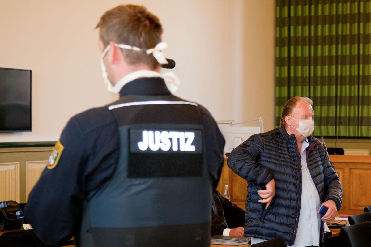 """Tongruben Möckern und Vehlitz: Haftstrafen und letzte Worte in """"einem der größten Umweltstrafverfahren"""""""