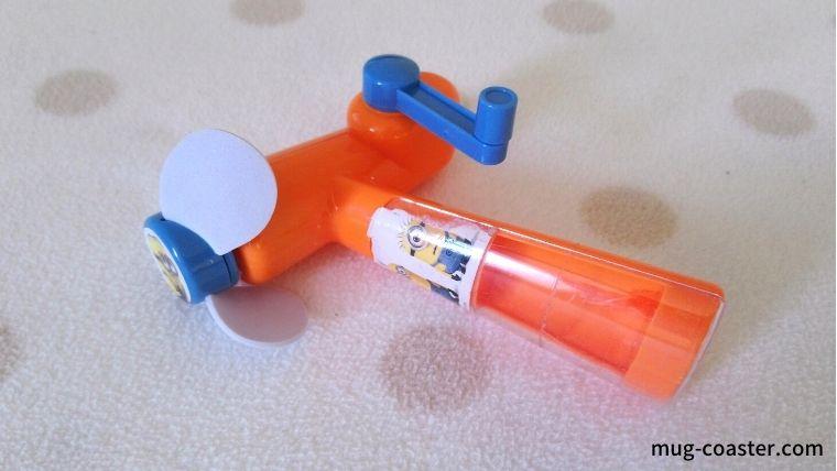 飛行機に持ち込む飽きないおもちゃ10選!2歳はシールブック必須!