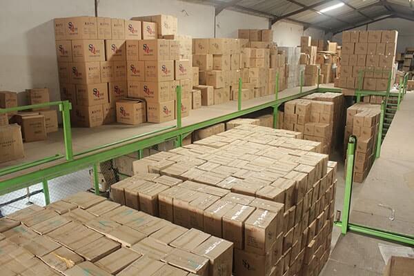 Ribuan ready stok mug keramik dengan coating siap cetak di Denpasar