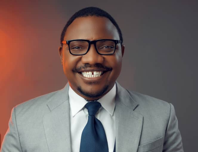 Dr Suudi reassures boldness in Christ's love and favor in 'Answer'. Stream Here 1 MUGIBSON WRITES