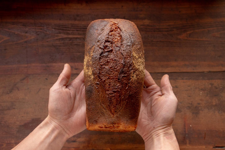 わきたつ 国産 古代小麦 オーガニック 全粒粉 石臼 石窯 天然酵母 国産小麦 おいしい 石臼挽 いしがま 石釜 食事 食 通販 お取り寄せ ネットショップ 宅配 わきたつ 心とからだにしみるパン