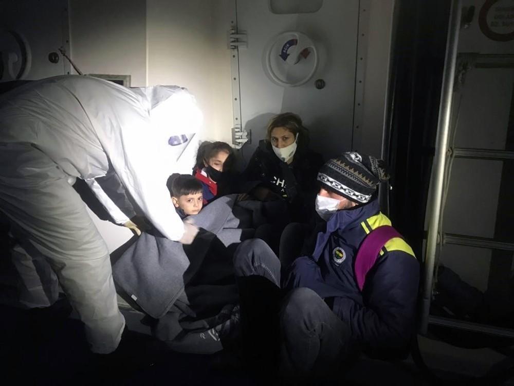 24 düzensiz göçmen kurtarıldı