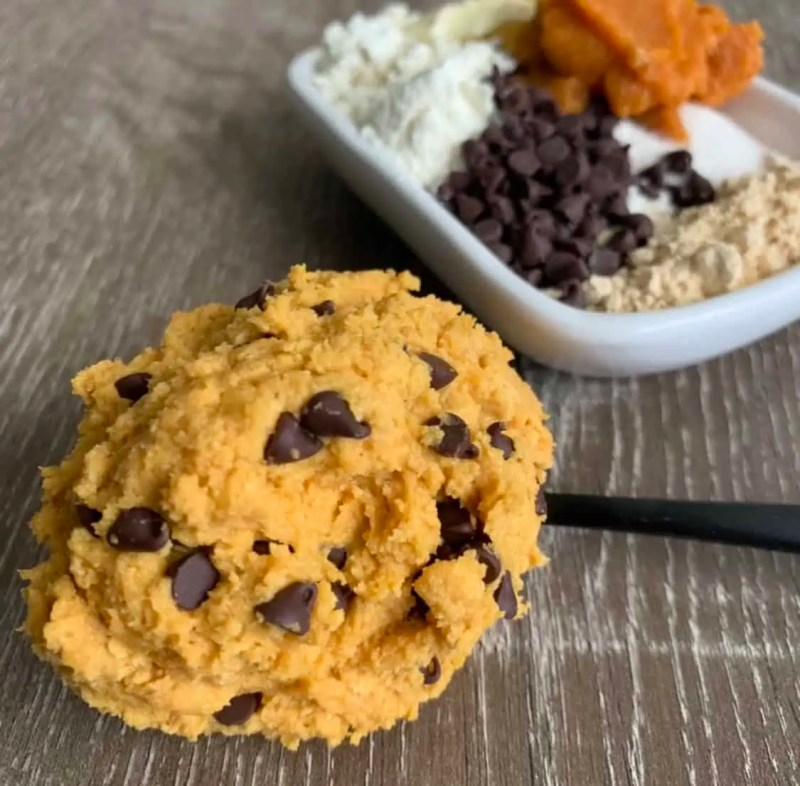 peanut butter chocolate chip protein cookie dough for one