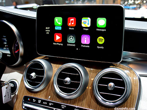 How Google and Apple Are Going to Take Over Your Car