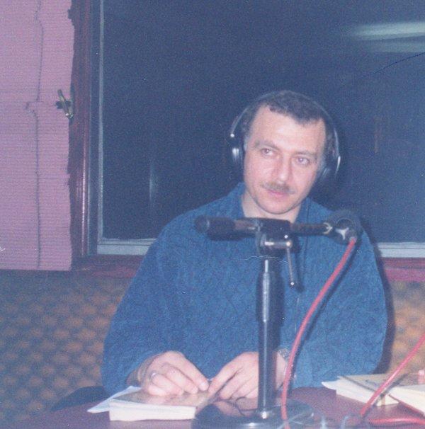 Muhammed Bozdağ'ın ilk radyo sohbetleri...