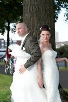 Der Bräutigam hat Spaß beim Shooting