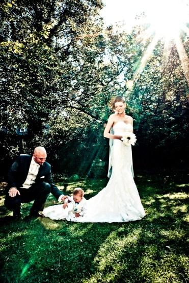 Bei der Bearbeitung der Hochzeitsfotos kann man hin und wieder einen Kunstfilter anwenden.
