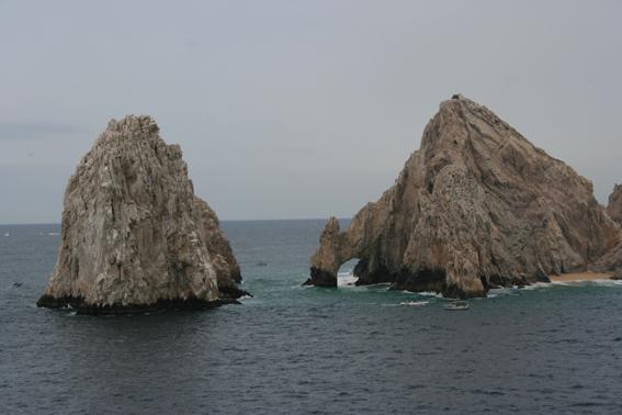 Op zee, en drie medivacs in Cabo
