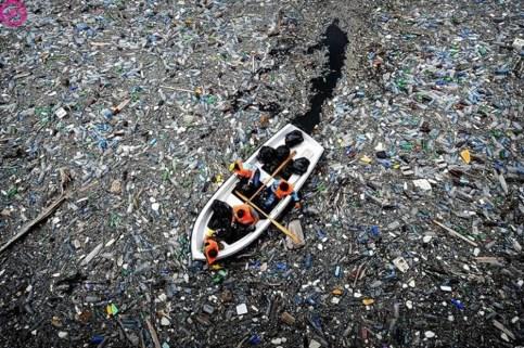 toneladas-de-plastico-en-el-oceano-pacífico-960x623