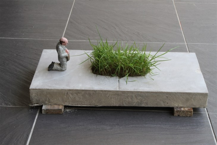 Isaac-Cordal-Remembrances-from-nature.-2015.jpg