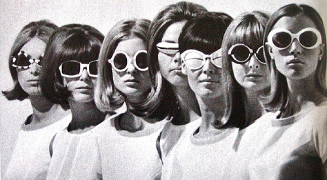 tumblr_static_1960s-60s-fashion-glasses-mod-models-favim.jpeg