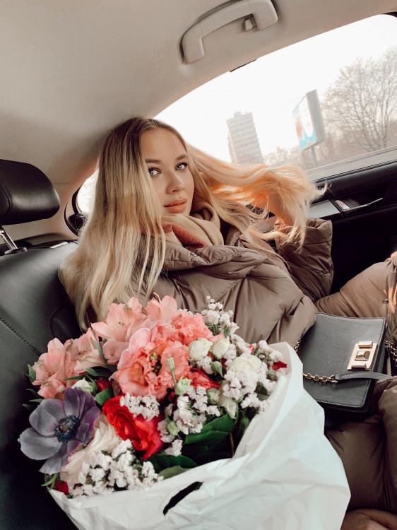 Irina mujeres hermosas para matrimonio